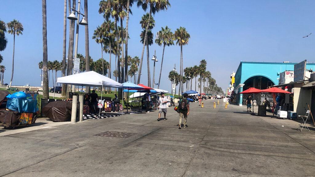 "The Venice Boardwalk Isn't a ""Freak Show"" Anymore: It's a Graveyard"