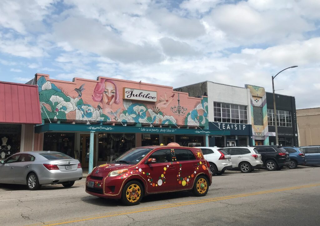 Houston's Heights District Comes Back to Life