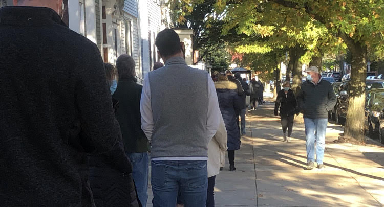 Votes wait in line